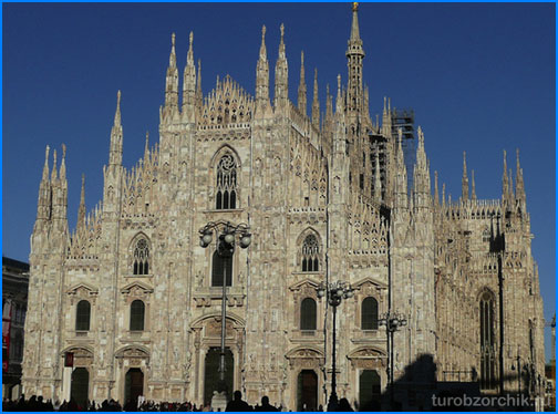 собор-Дуомо-Duomo-di-Milano-3