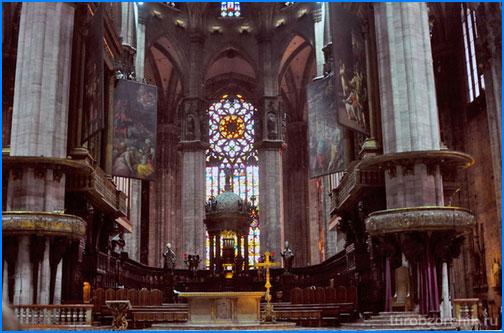собор-Дуомо-Duomo-di-Milano-4