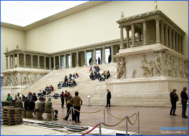 пергамский-музей-Пергамон-2