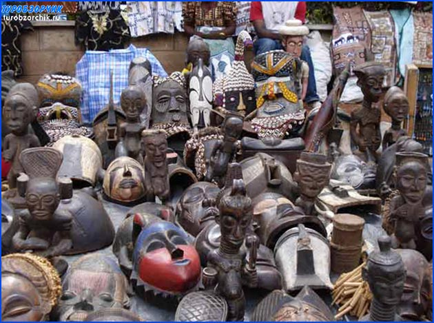 статуетки-Момбаса-Кения