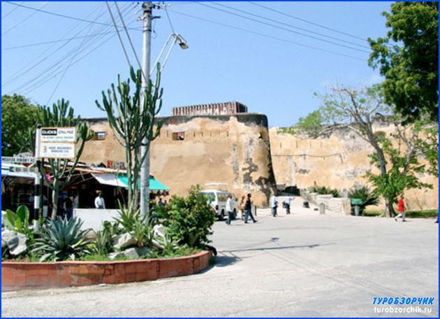 форт-Иисус-музей-Кении